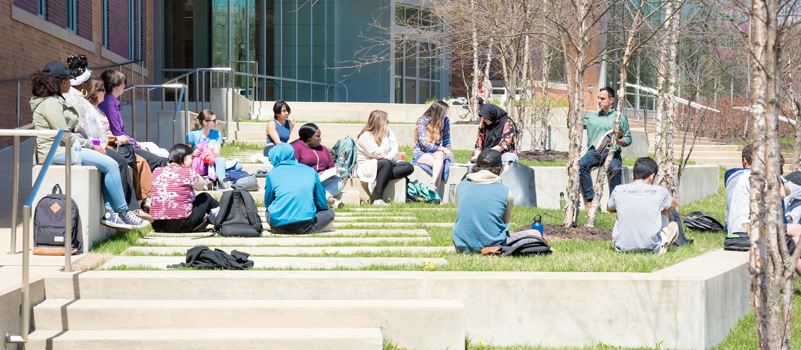 An outdoor class to discover at HCC.